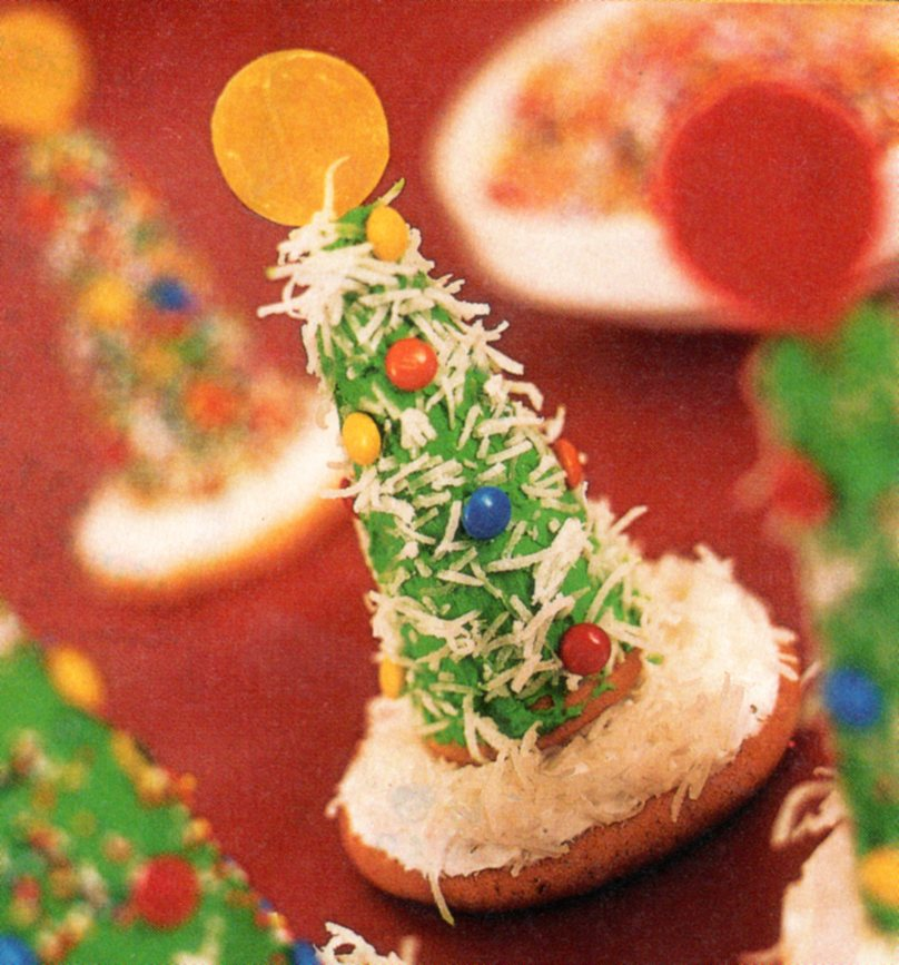 Ice Cream Cone Christmas trees | Country & Victorian Times