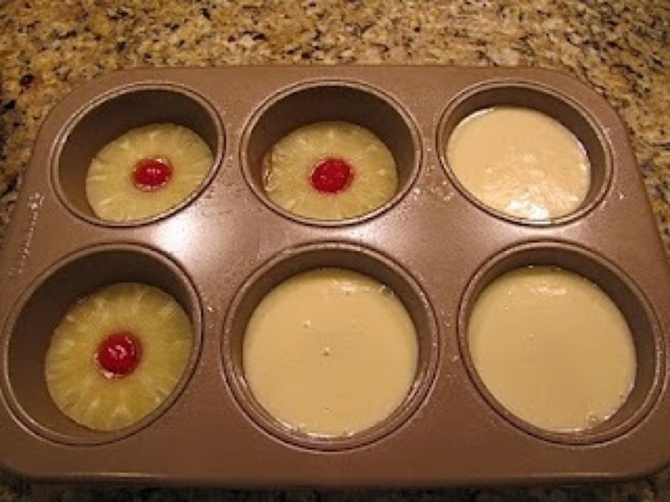 How To Make Pineapple Upside Down Cake In Muffin Pan