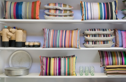 Use Knitting In Your Home Decoration
