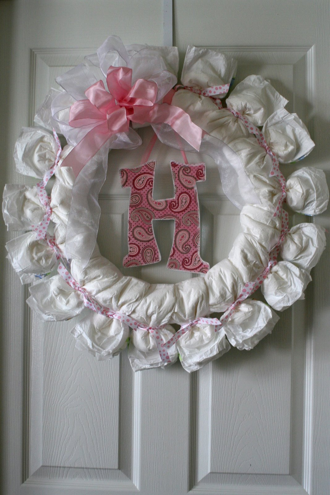 Baby shower diaper wreath country victorian times for Baby shower diaper decoration