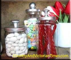 canister storage jar lid recycle upcycle mayonaise jar paint lid
