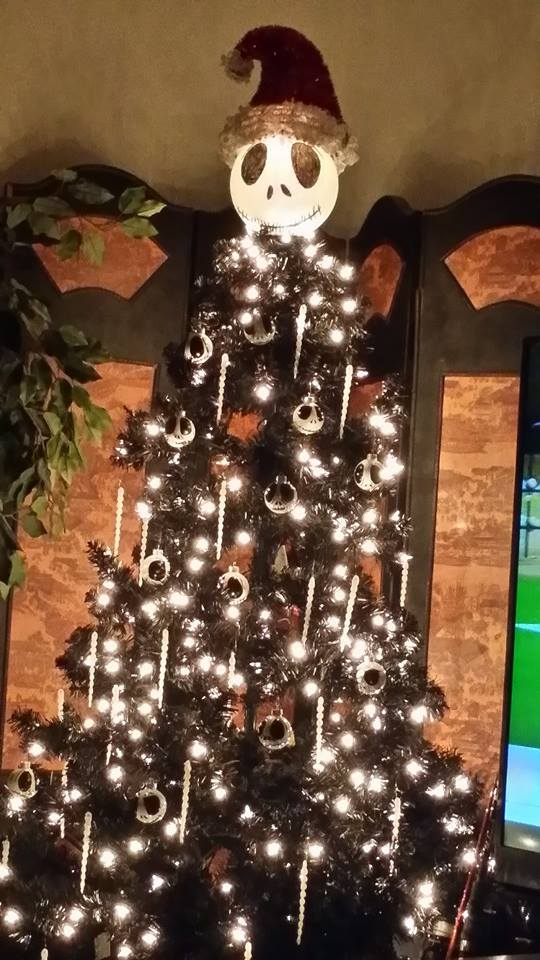 Christmas Tree Decorating Idea – Nightmare Before ...