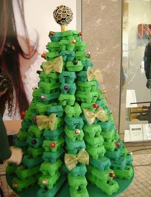 unique-christmas-tree-decorating-ideas