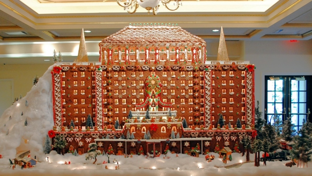 Gingerbread-House-Fort-Harrison