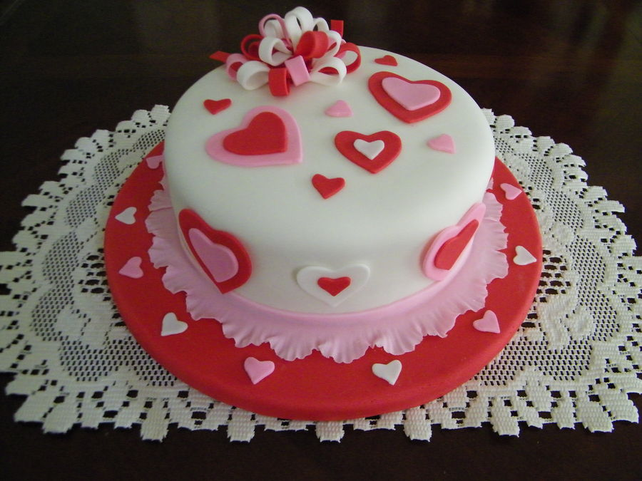 valentines day hearts cake country victorian times