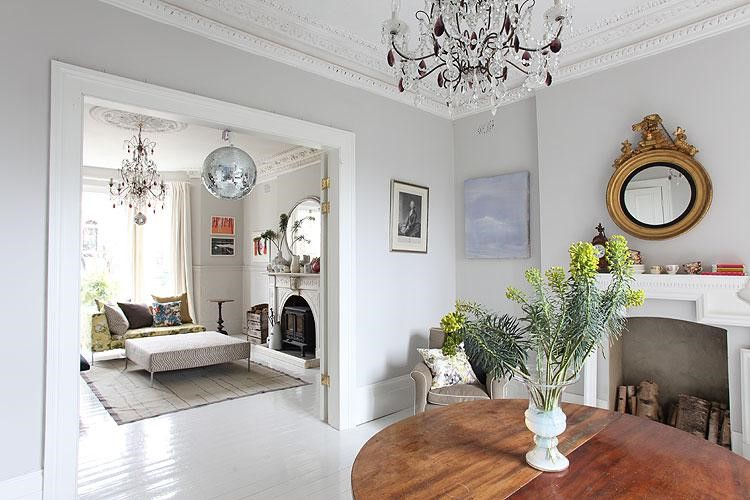 How to create modern victorian interiors by zoe clark Modern victorian interior decorating