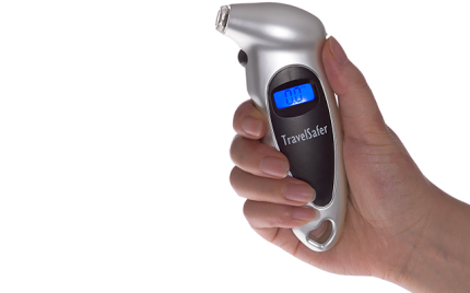 travelsafer-1-digital-tire-pressure-gauge
